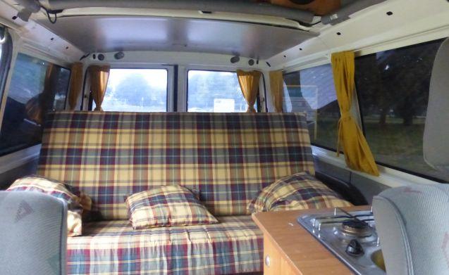 Compacte camperbus