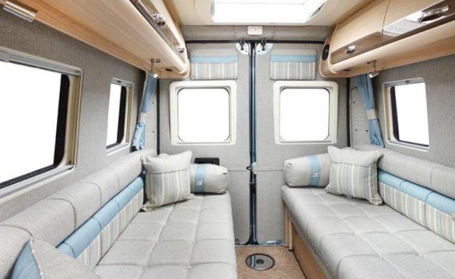 Luxe Autosleeper Warwick Duo 2 geboorte