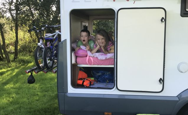 Luxury Motor Home for Family and Friends