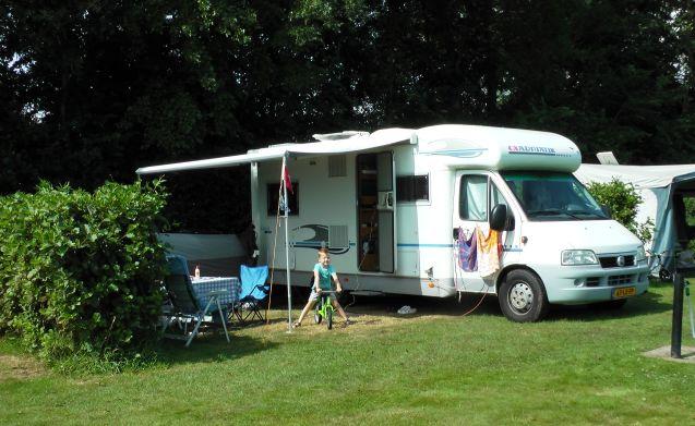 Fijne nette camper waarmee wij (en jullie) mooie tochten kunnen maken.