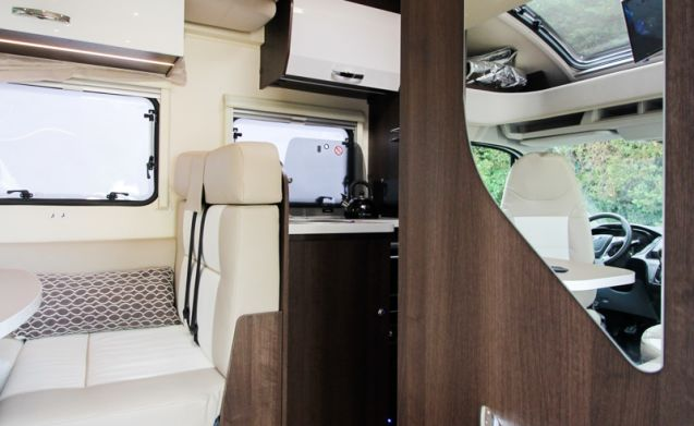 5 Berth - 2018 - Automatic - RollerTeam 685