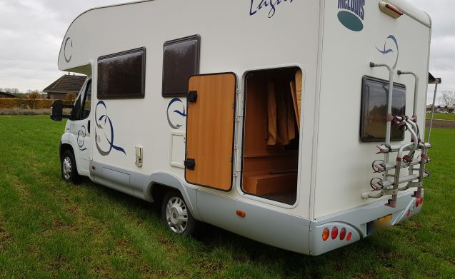 8 Fiat Mclouis Lagan 211 6 person camper