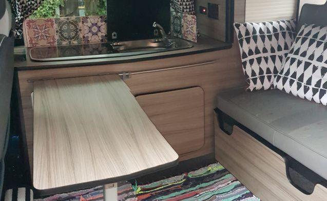 Pearl – Wanderlust on Wheels - moderne VW-campervan voor 2 personen