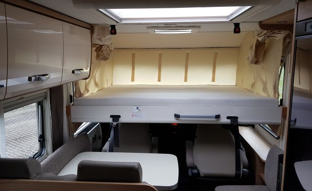 Luxury integral camper !!