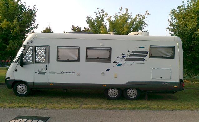 Hymer E700 Great space and great comfort!