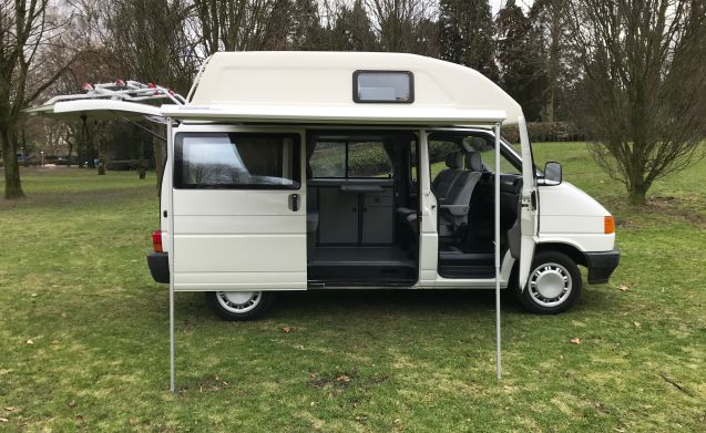 Wessel – Pack and go with Wessel! Fully equipped adventure camper!
