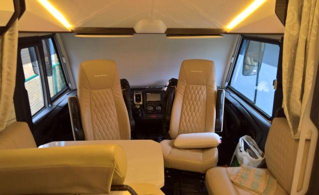 """Burstner Elegance I745 driver's license C1 """"Summer & Winter camper."""""""