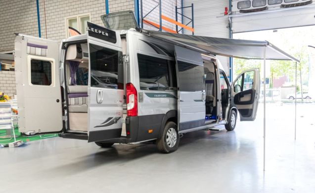 Warwick Autosleeper 2+2 – Bus motorhome Fair Ford Peugeot Boxer 160PK Manual 2 + 2 Persons