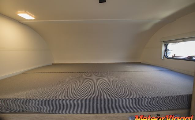 Attic 6 Beds Roller-Team Kronos 295 Garage