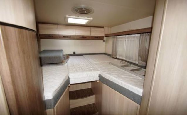 Ultimate holiday fun for 2 people, feel free in our luxury camper.