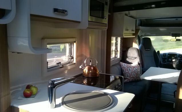 New 5 Berth Luxury Motorhome - Norfolk