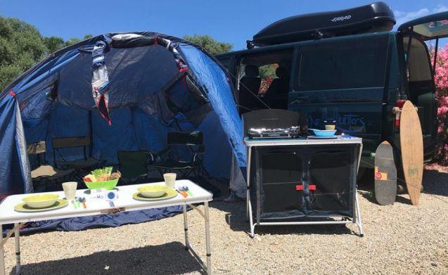 Volkswagent T5 Multivan kampeerversie