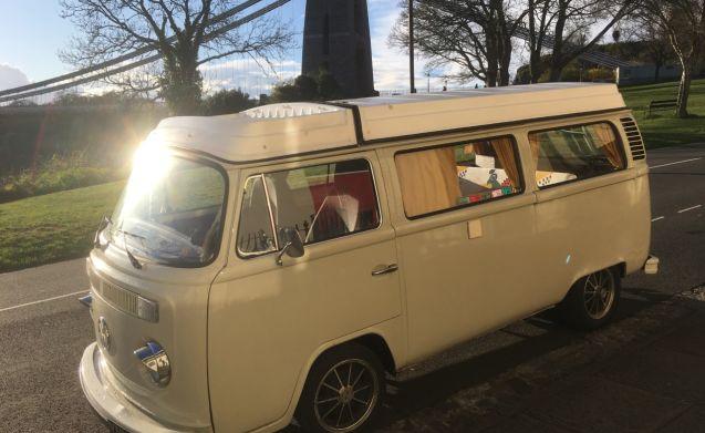 Bessie – VW 1978 Bay Window Camper
