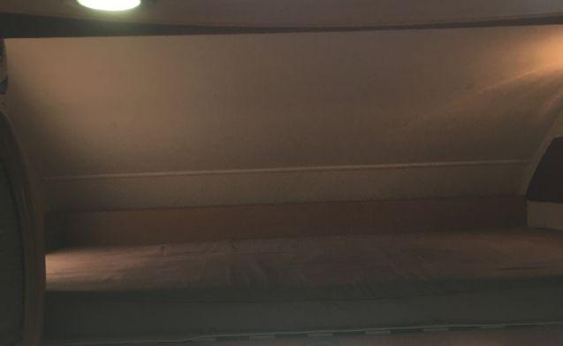 The beast! – Swift Sundance 630L Camper Slaapruimte voor 6 veiligheidsgordels 6