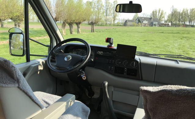 Karmann Missouri – Mooie comfortabele camper met rondzit