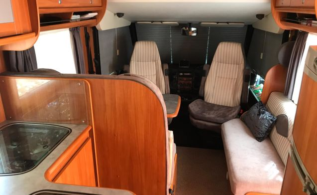 Luxury Integral motorhome with many extras!