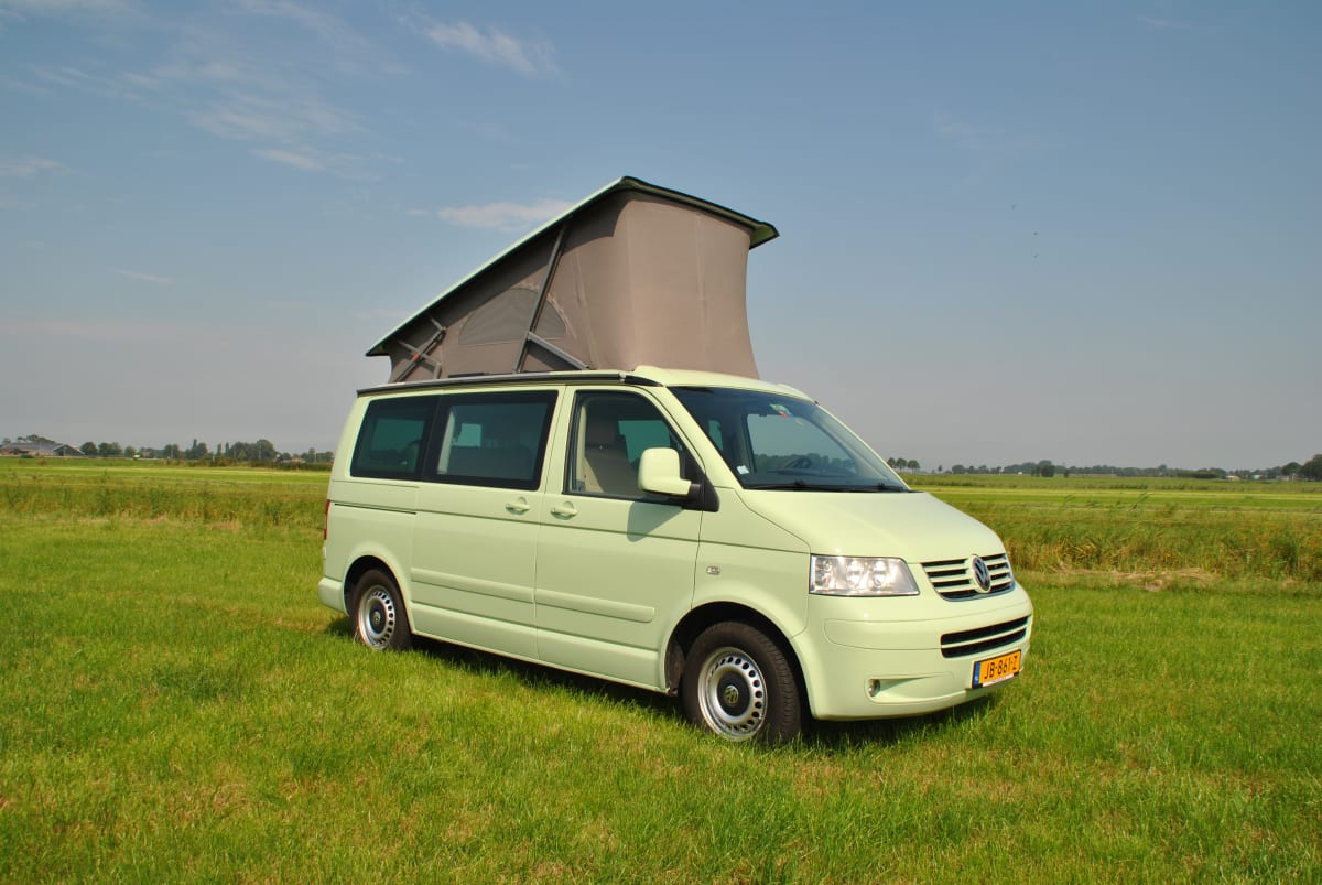 Minty Fly And Drive Book In The Netherlands And Pick Up The Vw Camper In Portugal From 120 00 P D Goboony