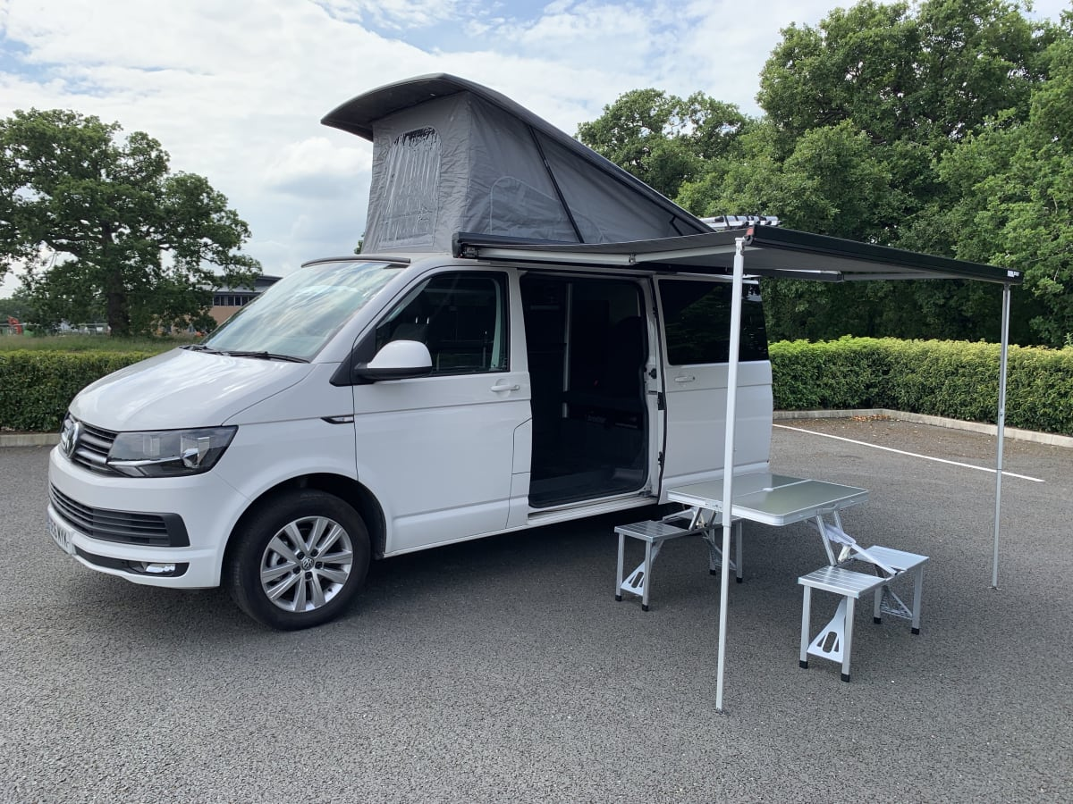 Ronnie Vw Transporter T6 Campervan 2020 Professional Conversion From 99 00 P D Goboony