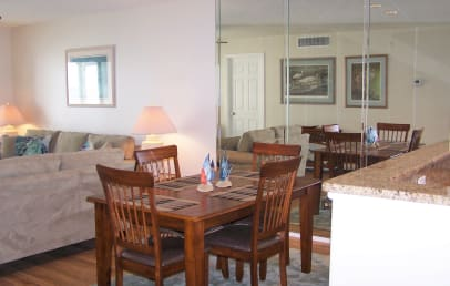 Dining room - there are extra chairs to seat up to six
