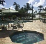 Villas Pool + jacuzzi