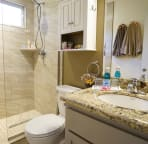 bathroom with walk in hower