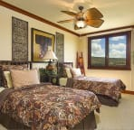 2nd Guest Bedroom with golf course views from windows. two twin beds