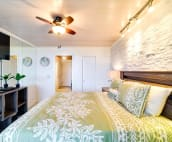 Second bedroom, includes air conditioning, ceiling fan and cable TV.