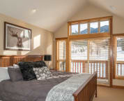 Master Bedroom with King Bed, Ensuite & Private Balcony