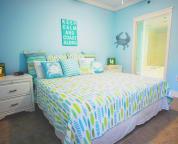 Guest Suite, King Tempurpedic bed