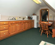 Loft Suite - Kitchenette & Dining Area