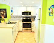 Fully equipped kitchen with full size appliances Cabana Club Unit 306
