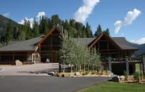 Walk to Greywolf Golf Course Clubhouse and Restaurant,