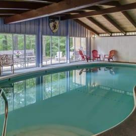 Four Seasons Lodge - North Conway, NH