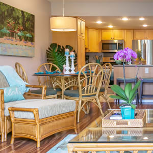 Charming beach condo just waiting for you to arrive!