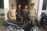 Police in Khan Sen Sok detained two...