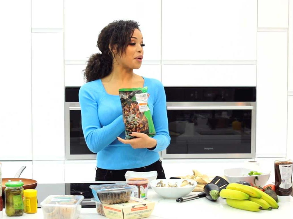 Vegan Chilli with Sarah-Jane Crawford