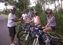 thumbnail_Cycle_Downhill_and_Eat_in_a_Balinese_Compound