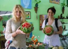 Learn to Carve Fruits