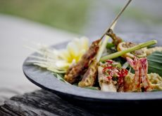 Traditional Indonesian Cooking Class at Hotel Tugu
