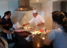 Make sushi with a professional chef in Tsukishima, Tokyo