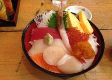Find historical assets and try fresh seafood in Otaru