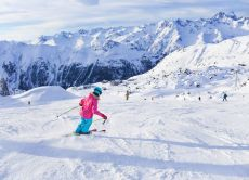 Enjoy skiing & snow play in Hachi Kita, day trip from Osaka!