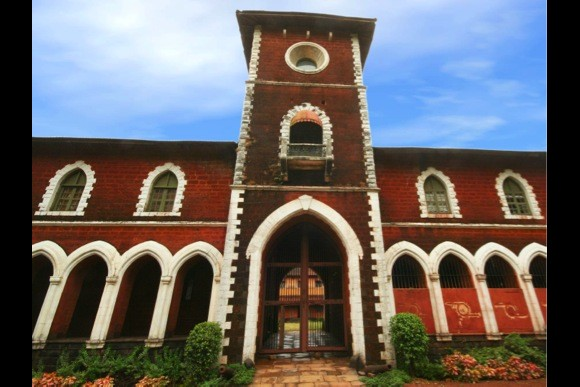 Tryst With Royalty: Palaces and Forts of Sawantwadi - 0