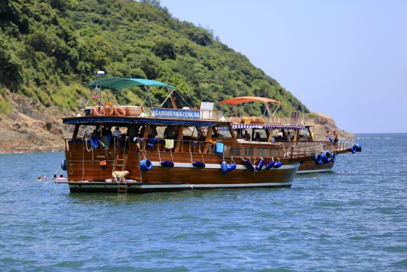 Enjoy a Day Cruise on a Traditional Junk Boat - 0