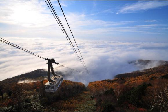 Go to the Snow Monkey Park and Ride the Ryuoo Sky Vessel - 0