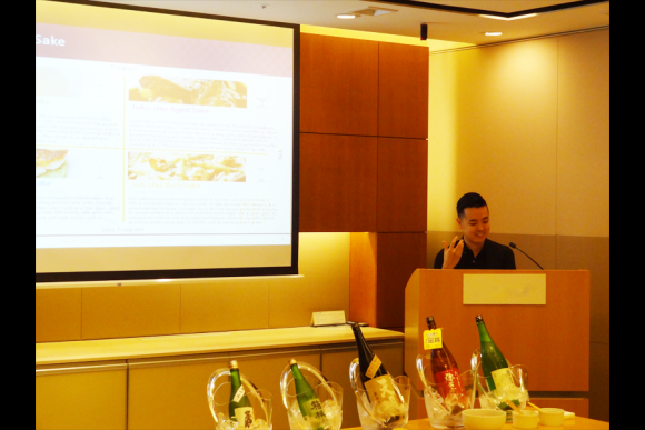 Take part in a sake introductory class and taste fine sake - 0