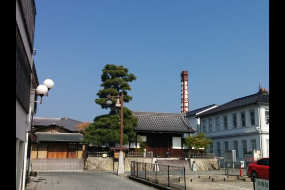 Join an interesting sake brewery tour near Hiroshima - 0