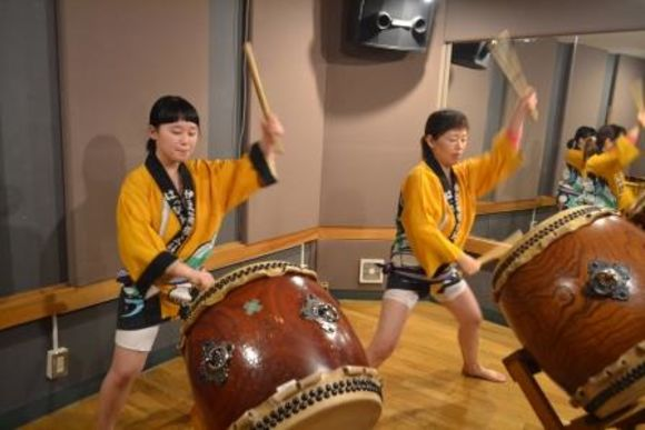 Japanese Drum Lesson & Kimono Dance Performance in Asakusa - 0