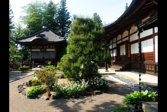 Experience Zen: Spiritual and meditating moments in Takayama - 0