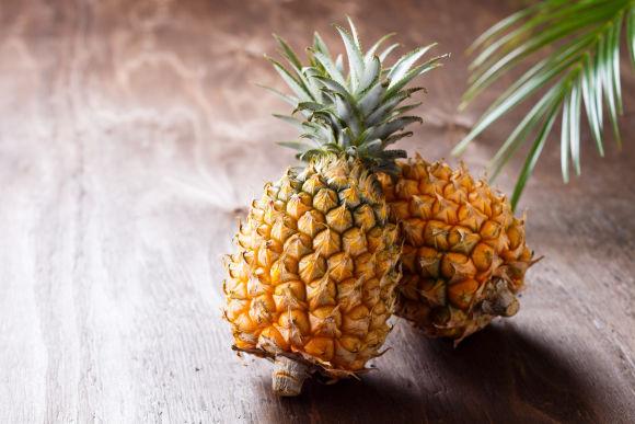 畑でパイナップル収穫&沖縄の文化と家庭料理を体験! - 0